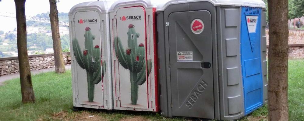 Toilette sulle Mura, è polemica Federconsumatori: serve più decoro
