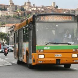 Bergamo, venerdì sera si balla in centro I bus cambiano percorso: ecco dove