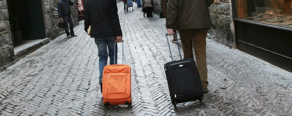 Il bagaglio a mano si «restringe» Ryanair: «Per noi non cambia nulla»