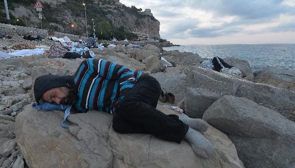 Alfano, quote migranti siano vincolanti