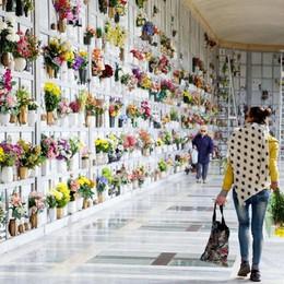«Cimitero: costi alti e poca cura» L'assessore: già in campo innovazioni