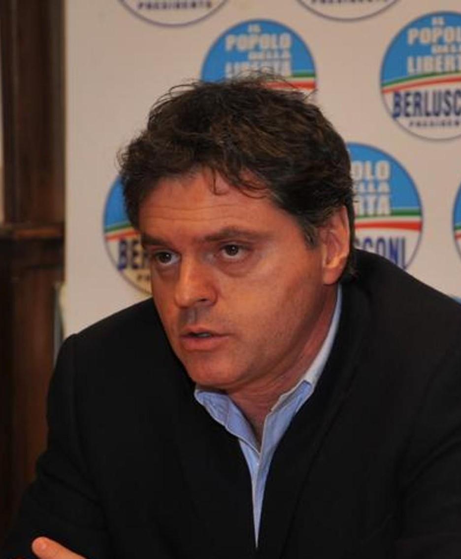 L'onorevole Gregorio Fontana