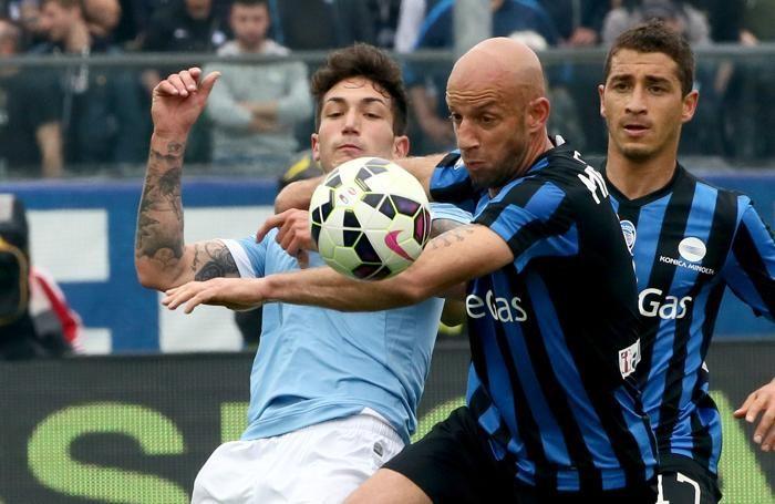 Il centrocampista dell'Atalanta Giulio Migliaccio