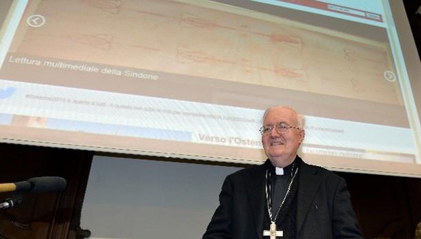 Papa, Nosiglia Torino chiesa senza mura