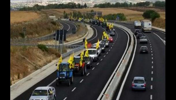 Protesta agricoltori sardi su SS 131