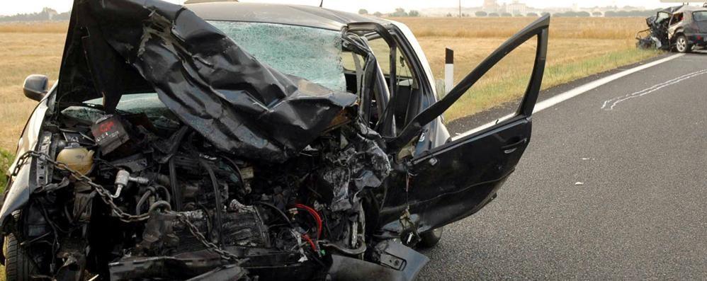 Strade, oltre 3 mila vittime in un anno L'Istat: calano gli incidenti mortali