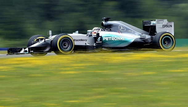 F1: Austria, prima fila Mercedes