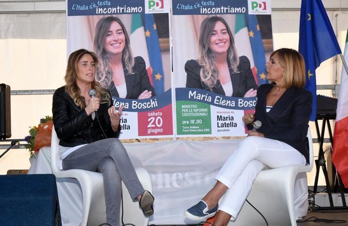 Il ministro Boschi durante il dibattito con Maria Latella
