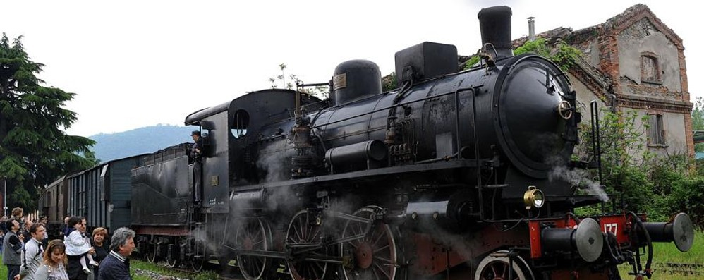 Il Treno Blu torna a correre Nuovo viaggio dalla città al lago