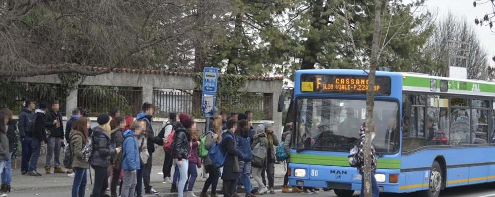 Trasporto pubblico è emergenza «La Regione parla solo di treni»