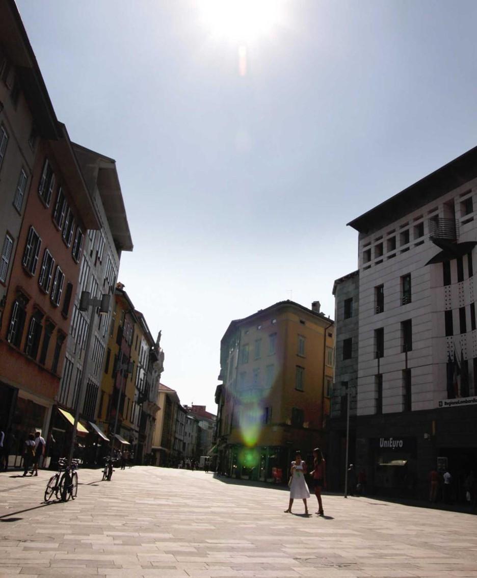 Bergamo semideserta per il caldo