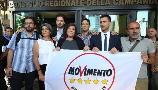 Grecia: M5s, l'Italia non tocca palla