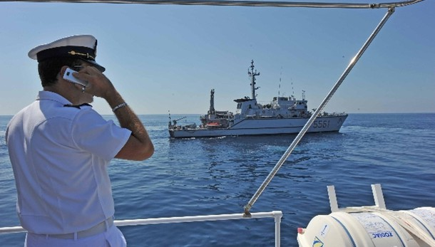 Marina avvia recupero corpi naufragio