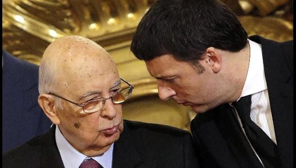 Renzi chiama Napolitano auguri 90 anni