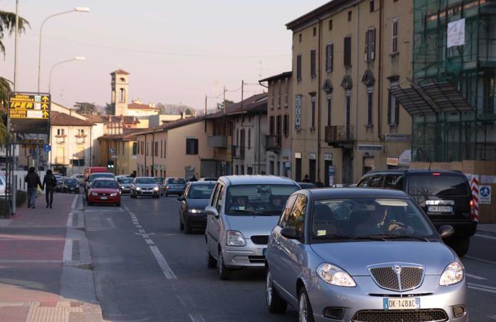 Traffico nel centro di Seriate