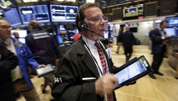 Borsa: Europa volatile apre in calo