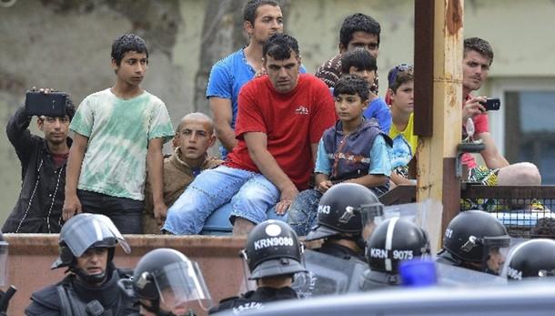 Ungheria: disordini in campo migranti