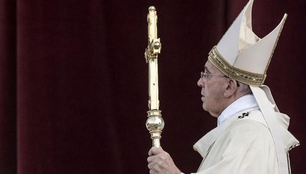 Papa:cristiani si liberino da corruzione