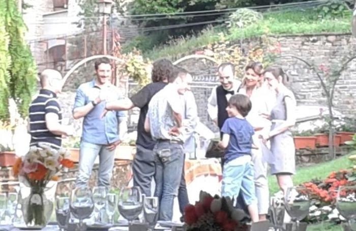 Elijah Wood con un giovane fan alla Marianna