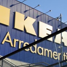 Ikea, sabato senza shopping I dipendenti incrociano le braccia
