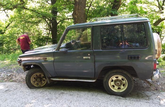 La jeep recuperata a Fonteno dopo la tragedia