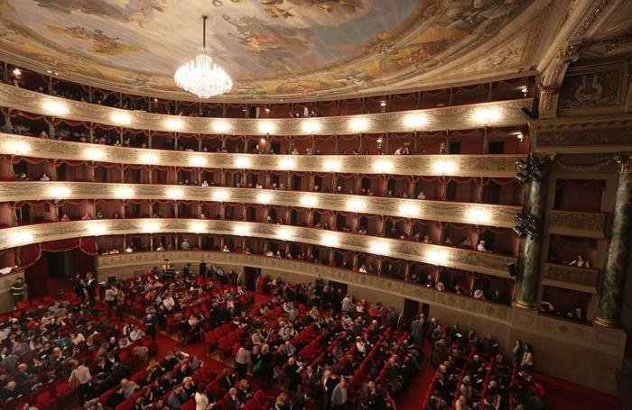 Il Teatro Donizetti