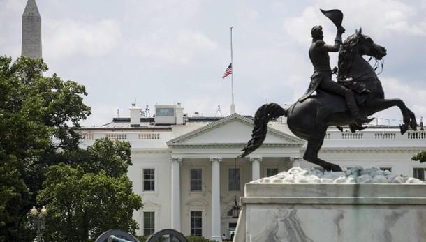 Cessato allarme alla Casa Bianca