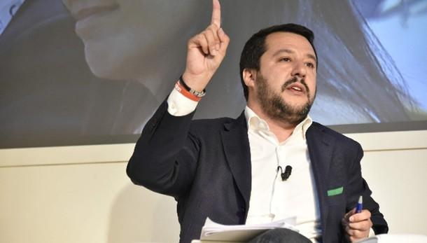 Immigrazione: Salvini, sconti?Demenziale