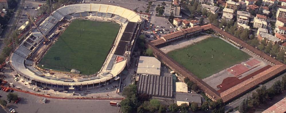 Lo stadio pronto a cambiare volto Una lunga storia di cantieri - Foto