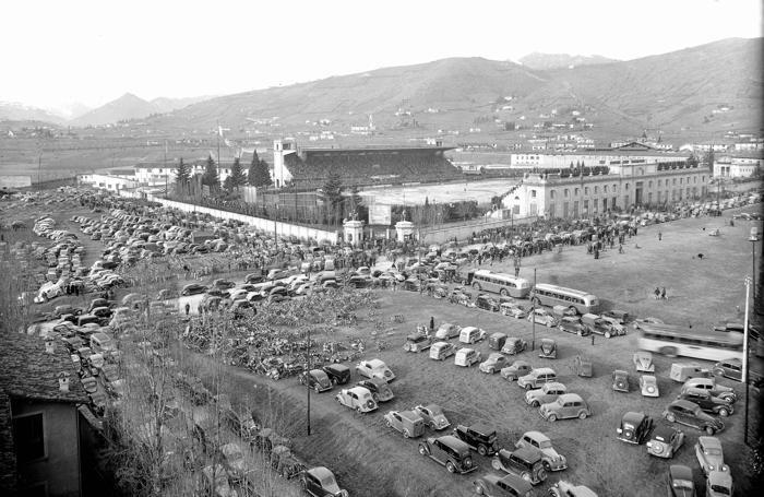 Già nel secondo dopoguerra c'era qualche problema di parcheggio...