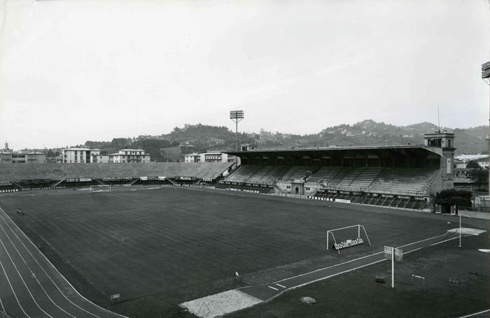 La storica pista d'atletica del «Comunale»