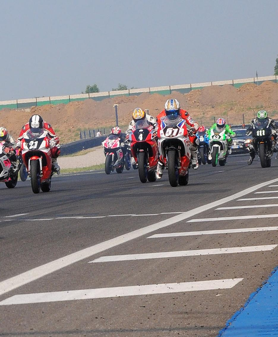 Motociclisti all'autodromo di Castrezzato