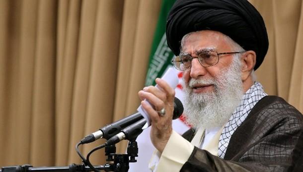Iran: Khamenei, da Usa arroganza globale