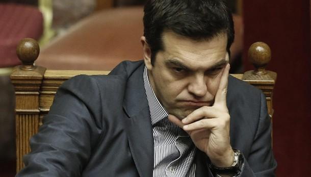 Ok parlamento Grecia a piano governo