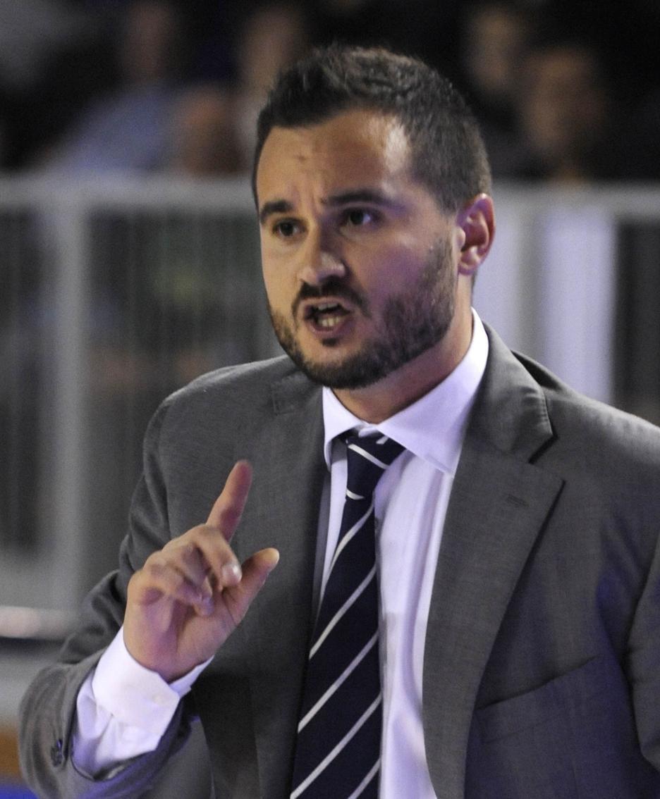 Adriano Vertemati coach remer