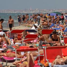 Vacanze, il mare torna al primo posto Sulle spiagge 16 milioni di italiani
