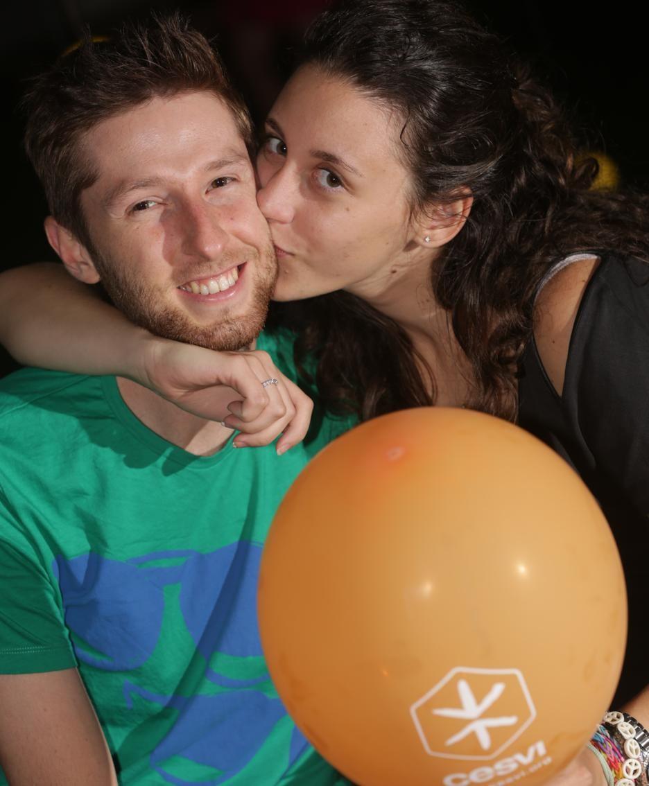 I baci solidali per il Cesvi