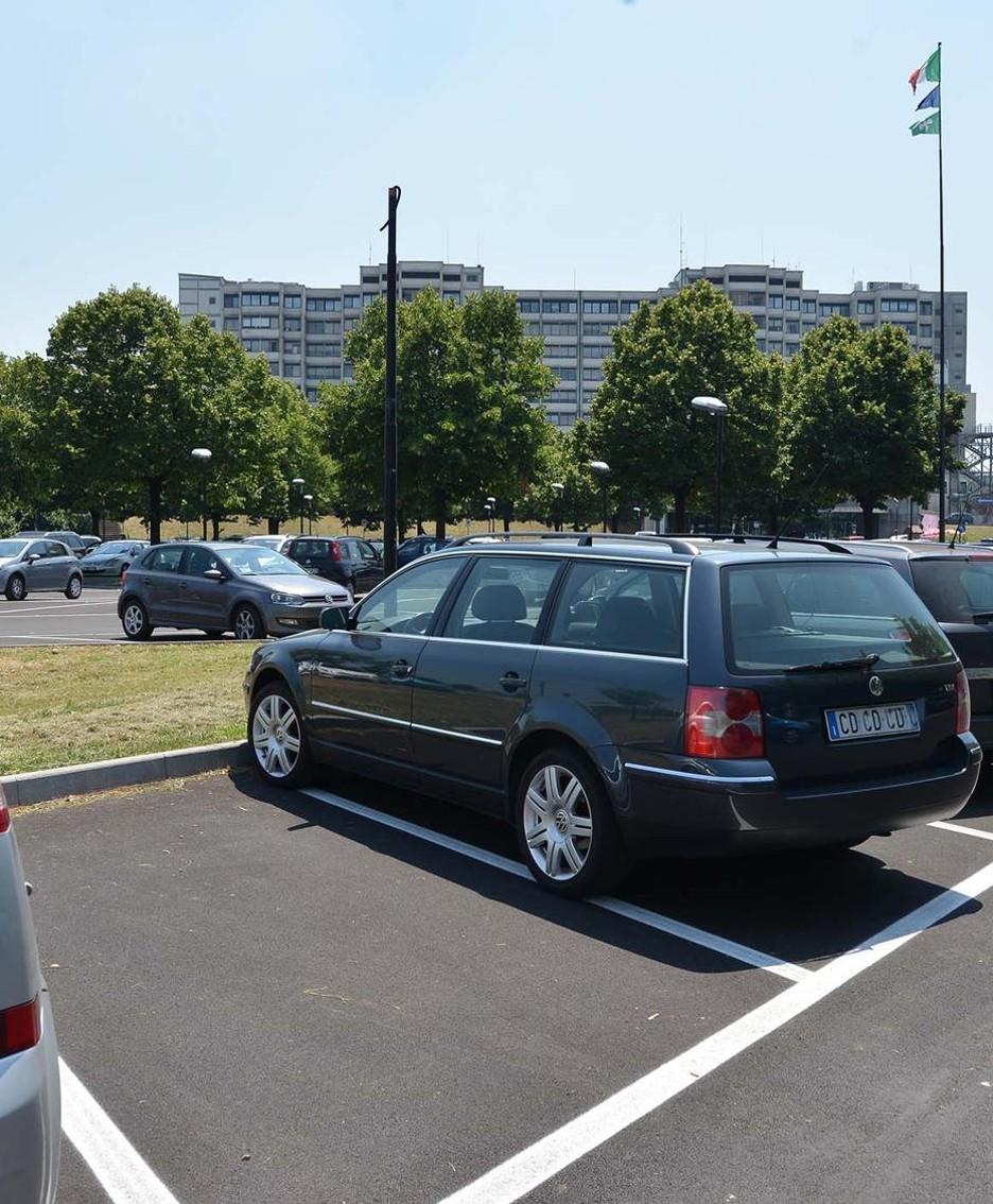 Il parking dell'ospedale di Treviglio