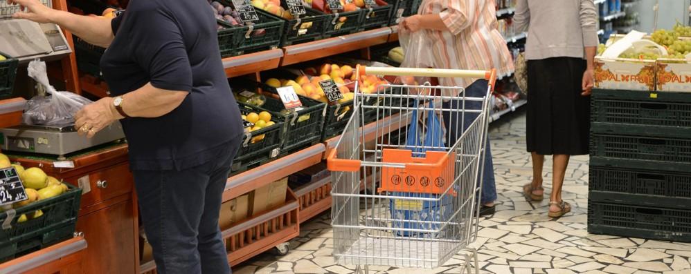 Torna l'inflazione: a giugno sale al +0,2% Stime riviste al rialzo, anche su base mese