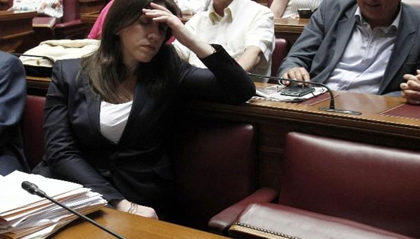 Metà di Syriza contro accordo eurozona