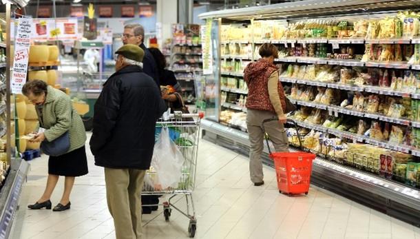 Nel 2014 famiglie italiane meno povere