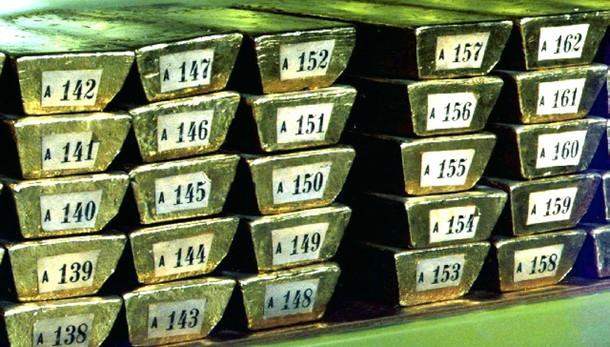 Oro: poco mosso in Asia a 1.156,06 dlr