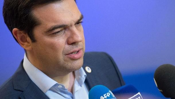 Tsipras, votate il piano o me ne vado