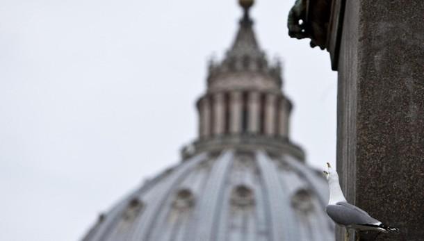 Bilancio Santa Sede, deficit a 25,6 mln