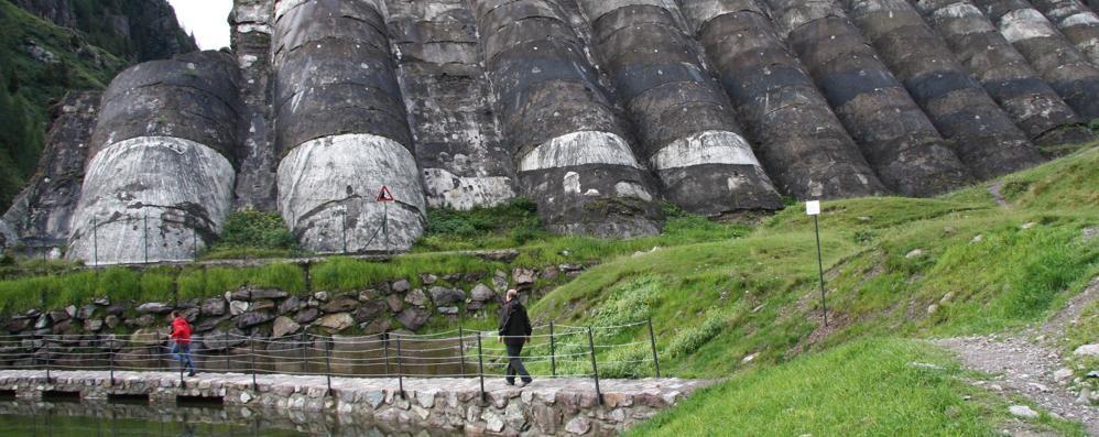 Escursioni alla Diga del Gleno Arriva la navetta Vilminore-Pianezza