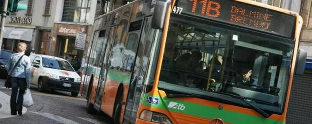 Carta della Mobilità Atb 2015 Guida per viaggiare informati
