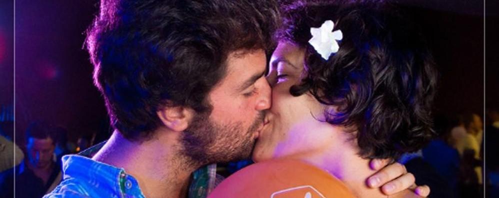 Dai anche tu un bacio per il Cesvi Puoi fermare la piaga dell'Aids in Africa