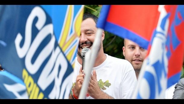 Salvini, in Ungheria muro anti immigrati