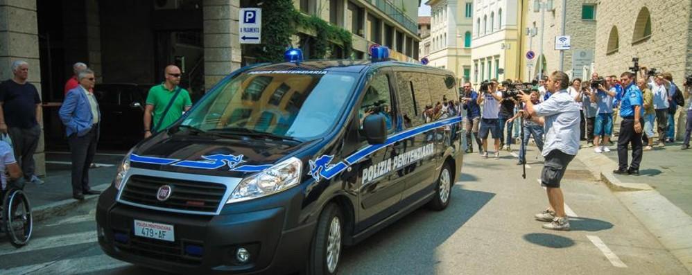 Bossetti torna in aula l'11 settembre Difesa sconfitta su quasi tutta la linea