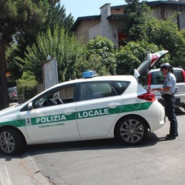 Si accascia sul volante della sua Panda Un 68enne di Pontida muore a Curno